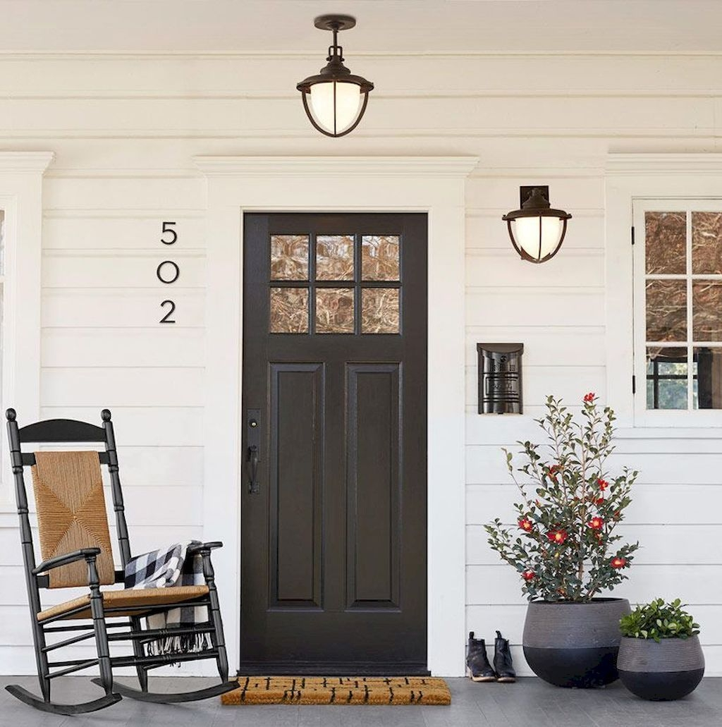 Modern Rustic Farmhouse Porch Decor Ideas 25