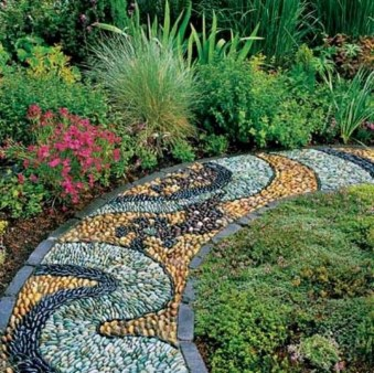 Stylish Stepping Stone Pathway Décor Ideas 09