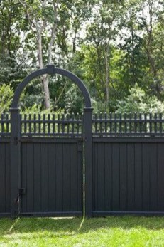Totally Inspiring Front Yard Fence Remodel Ideas 02