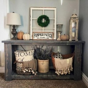 Stunning Farmhouse Entryway Decoration Ideas 28