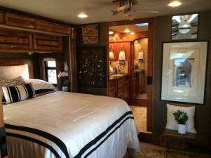 Fabulous Rv Bedroom Design Ideas27