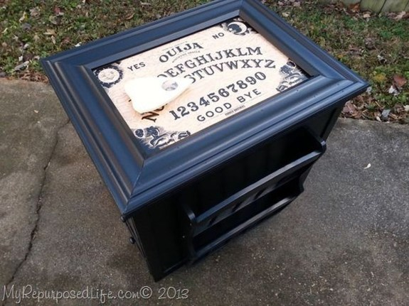 Stylish Console Table For Halloween Ideas 24