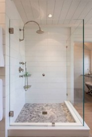 Elegant Farmhouse Shower Tiles Design Ideas11