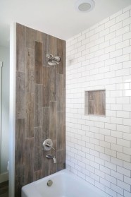 Elegant Farmhouse Shower Tiles Design Ideas21