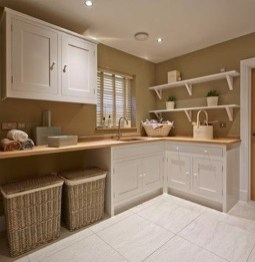 Popular Farmhouse Laundry Room Decorating Ideas09