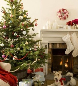 Popular White Christmas Design And Decor Ideas26