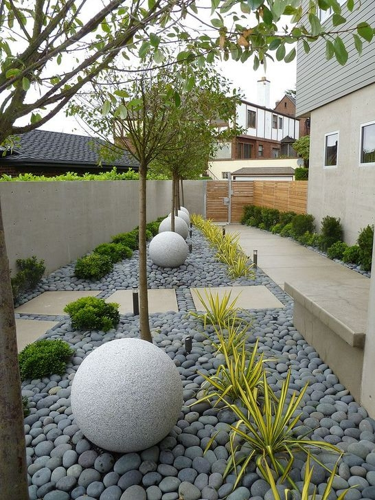 Pretty Front Yard Rock Garden And Landscaping Ideas41