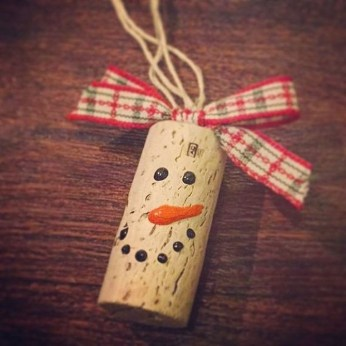 Extremely Fun Homemade Christmas Ornaments Ideas Budget03