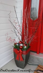 Lovely Christmas Porch Makeover Ideas31