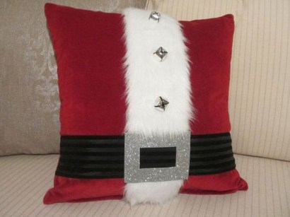 Stunning Red Christmas Pillow Design Ideas35