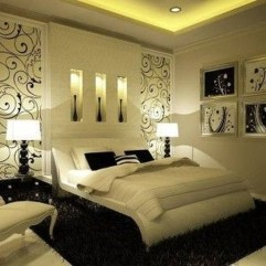 Stunning White Black Bedroom Decoration Ideas For Romantic Couples04