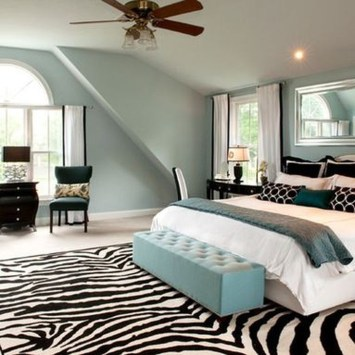 Stunning White Black Bedroom Decoration Ideas For Romantic Couples46