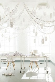 Perfect White Christmas Decoration Ideas31