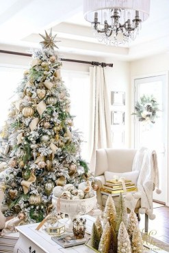 Perfect White Christmas Decoration Ideas36