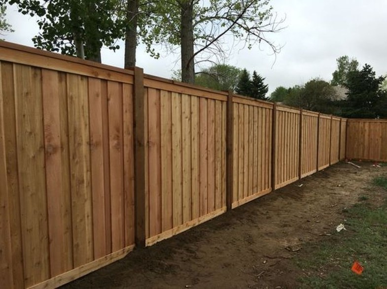 Stylish Wooden Privacy Fence Patio Backyard Landscaping Ideas14