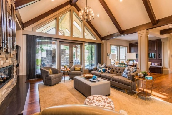 Amazing Living Rooms Design Ideas With Exposed Wooden Beams 46