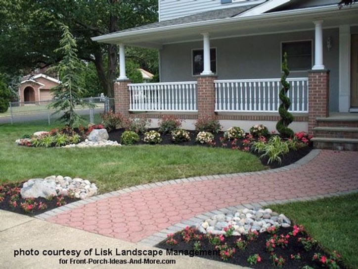 Relaxing Front Sidewalk Landscaping Ideas06