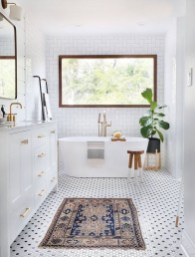 Catchy Bathroom Mosaics Design Ideas 20