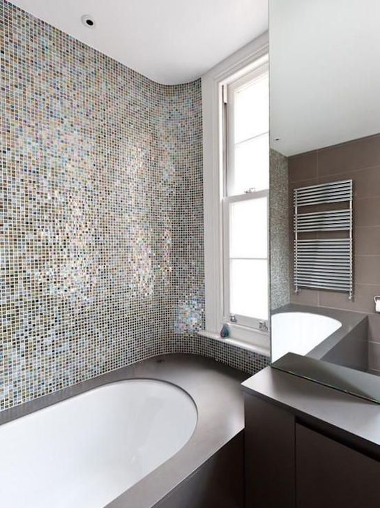 Catchy Bathroom Mosaics Design Ideas 25