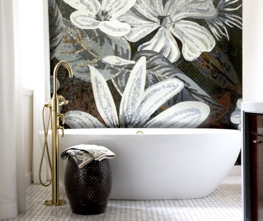 Catchy Bathroom Mosaics Design Ideas 44