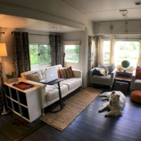 Splendid Rv Camper Remodel Ideas 44