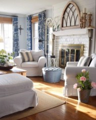 Rustic Living Room Decoration Ideas With Some Ornament 11