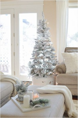 Rustic Living Room Decoration Ideas With Some Ornament 44