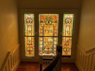 Catchy Glass Window Design Ideas For Home 04