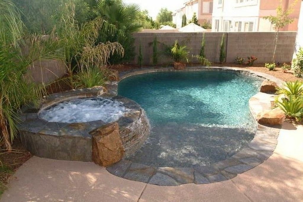 Comfy Backyard Designs Ideas With Swimming Pool Looks Cool 13