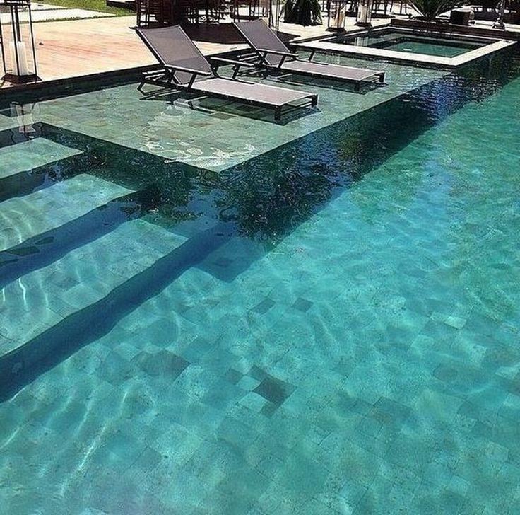 Comfy Backyard Designs Ideas With Swimming Pool Looks Cool 40