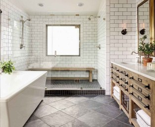 Lovely Farmhouse Bathroom Makeover Ideas To Try Right Now 13