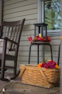 Extraordinary Fall Porch Ideas That Will Be Surely Comfortable 26