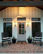 Fantastic Farmhouse Exterior Design Ideas That Looks Cool 25