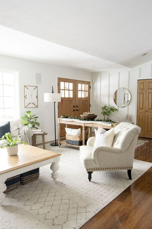 Fascinating Farmhouse Living Room Decor Ideas For You 41