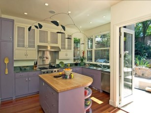 Splendid Kitchen Designs Ideas With Tones Of Vibrant Colors 07