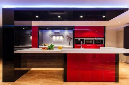 Splendid Kitchen Designs Ideas With Tones Of Vibrant Colors 40