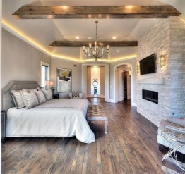 Trendy Farmhouse Master Bedroom Design Ideas 36