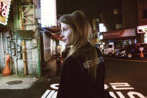Tomorrowland 2019 presenteert stage hosts met Charlotte De Witte