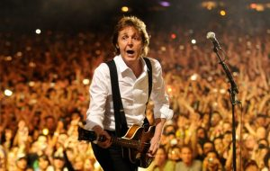 Paul McCartney verklapt komst naar Glastonbury