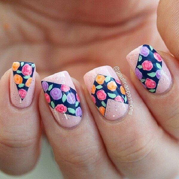 Beautiful-flower-nail-art-design-for-winter