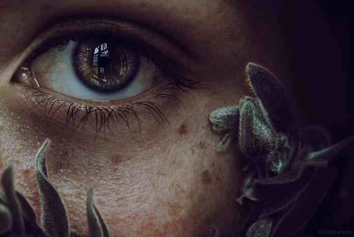 Stunning Eyes in Portrait Photography by Cristina Hoch 03