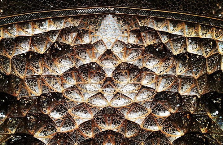 The Hypnotizing Beauty Of Iranian Mosque Ceilings 11