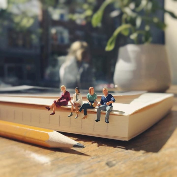 Derrick Lin Turn His Office Life With Miniature Figures 78