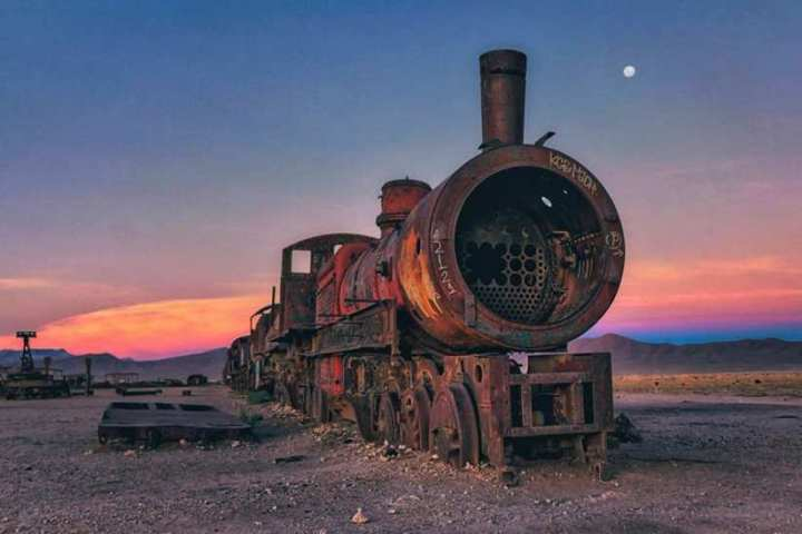 Stunning Cemetery of Abandoned Trains in Bolivia by Chris Staring