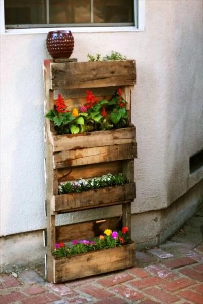 pallet vertical garden project Step by Step Instructions for Vertical Pallet Garden