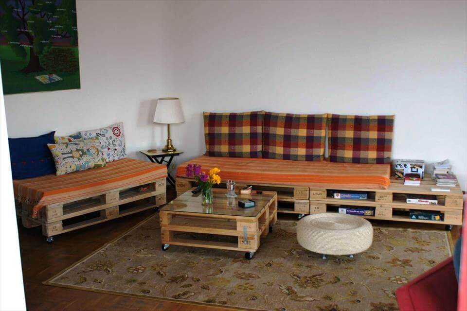 Pallet Sofa and Coffee Table for Living room | 99 Pallets on Pallet Room  id=53283