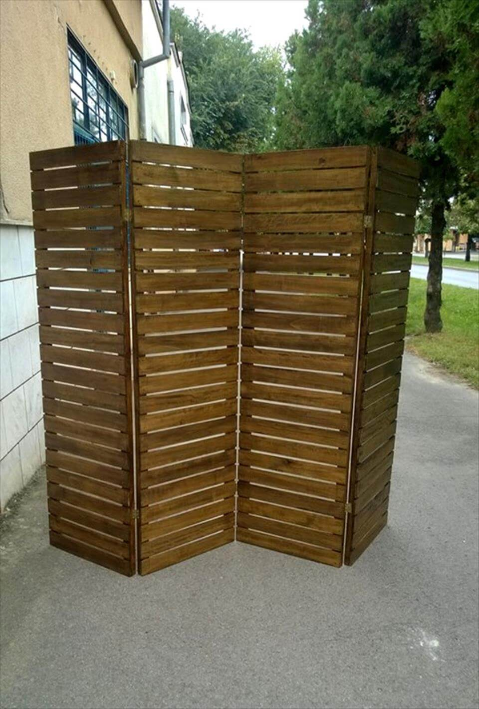 Upcycled Pallet Room Divider | 99 Pallets on Pallet Room  id=78151
