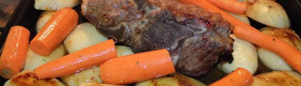 Peceni teleci vrat s povrcem