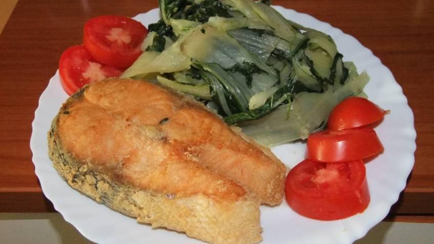 Przeni losos s blitvom i krumpirom - gotovo jelo