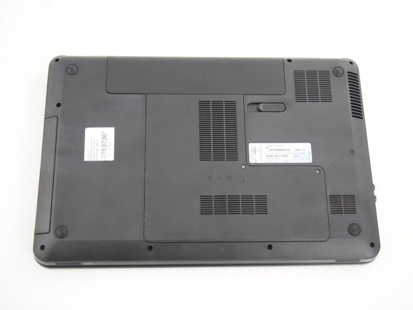 HP Pavillion G6 - bottom